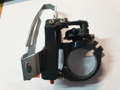 Переключатель передний Shimano Deore FD-M590 3*9