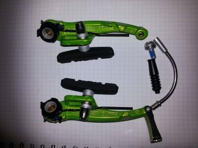 Тормоза ободные зеленые типа V-brakes Tektro 837