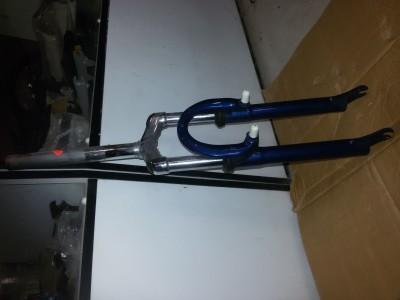 Велосипедная пружинная вилка 24